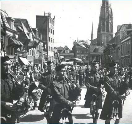 C.B.H. pipe band on parade through Leeuwarden, Friesland